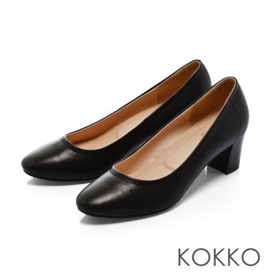KOKKO- 復古舞曲圓頭素面真皮粗跟鞋 - 經典黑