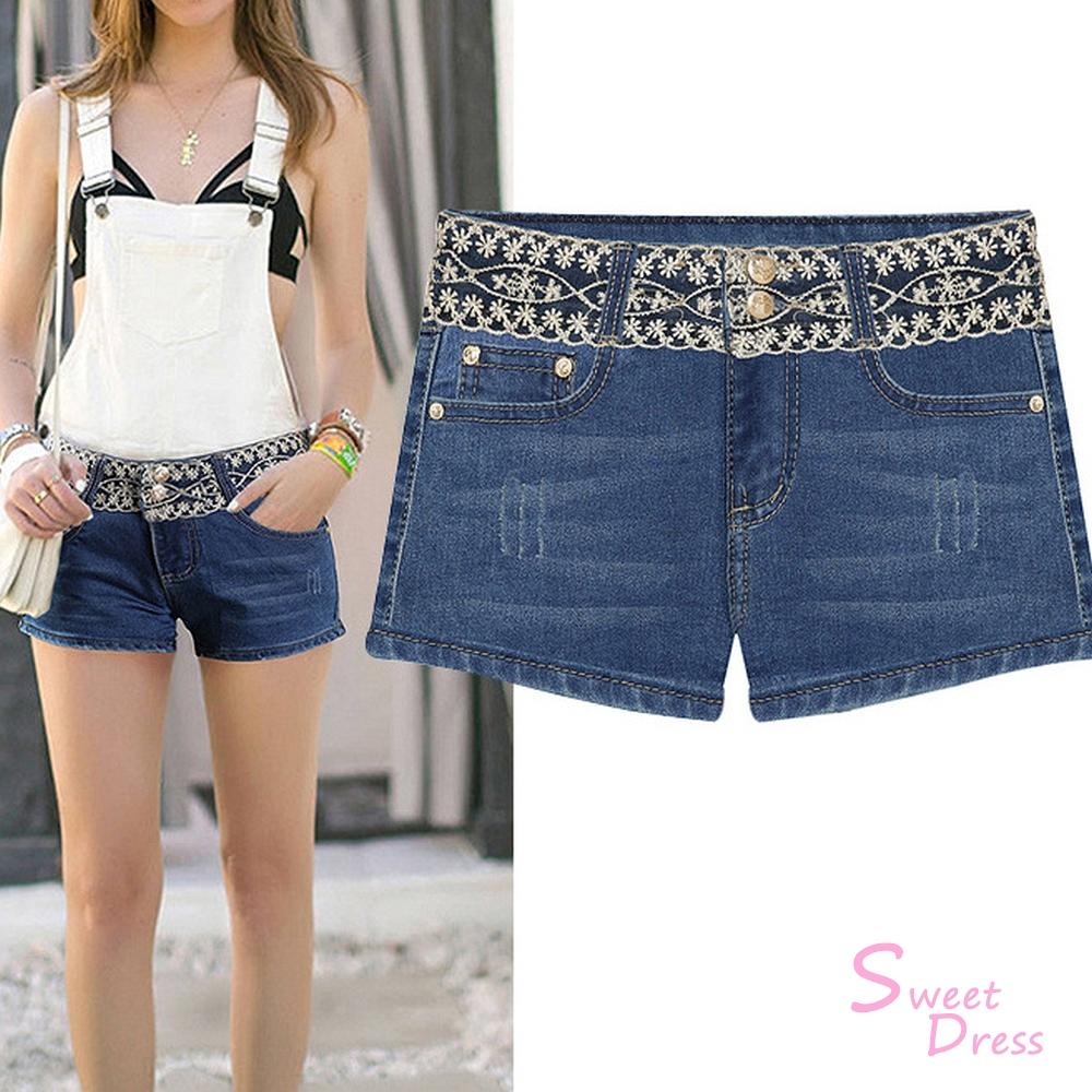 蕾絲設計牛仔短褲