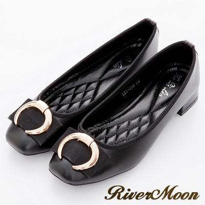 River-Moon跟鞋-經典牛角金扣Q軟方頭跟鞋-黑系