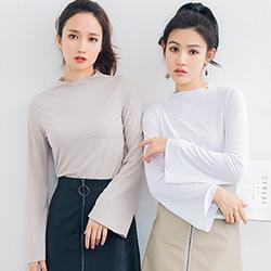 純色半高領喇叭袖針織衫 (共二色)-Kugi Girl