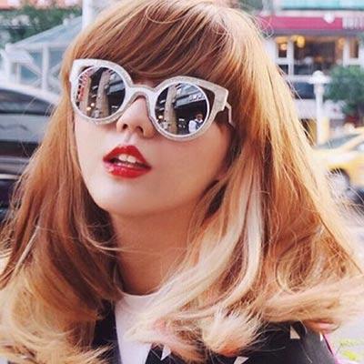 FENDI-時尚造型-太陽眼鏡-白色