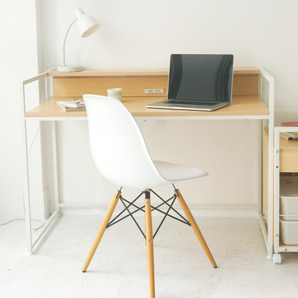 完美主義 附插座工作桌(2色)-121X61X85cm-DIY