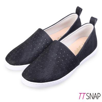 TTSNAP懶人鞋-MIT輕巧透氣洞洞休閒鞋 黑