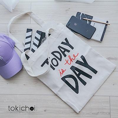 東京著衣 英文印字帆布包(共一色)