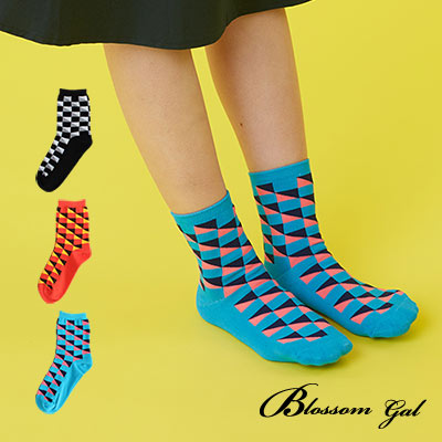 Blossom Gal 撞來撞去撞色三角型造型短襪2入(共3色)