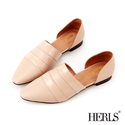 HERLS~全真皮 知性俐落 鏤空尖頭平底鞋~米色