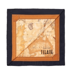 Alviero Martini 義大利地圖 經典地圖邊框配色方巾-黑(50X50)