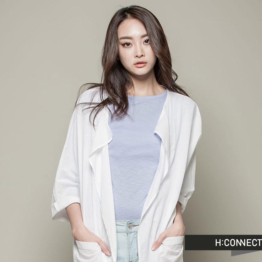 H:CONNECT韓國品牌CONNECT系列女裝-素面開襟長版襯衫-白快