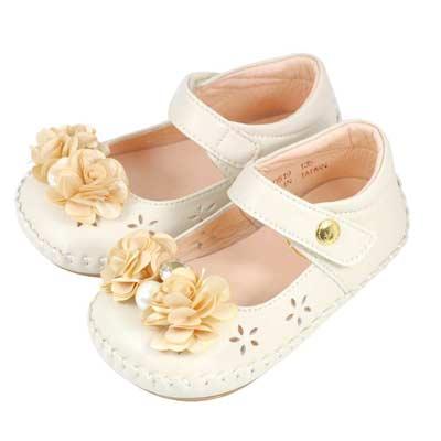 Swan天鵝童鞋-小薔薇花朵水鑽珍珠雕花學步鞋1519-米