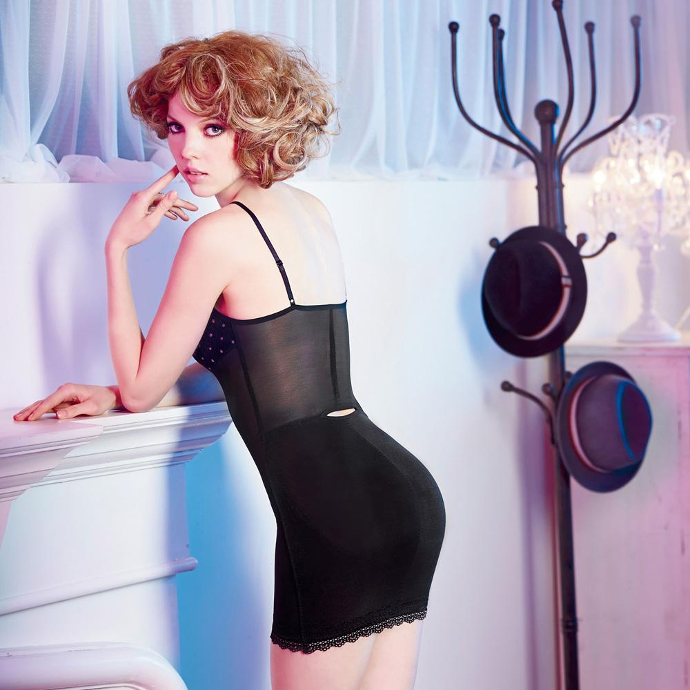 瑪登瑪朵-2014AW 俏魔力美型衣S-XL(黑)