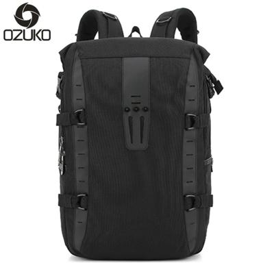 OZ1402 BK黑色 15.6吋前衛尼龍後背筆電包