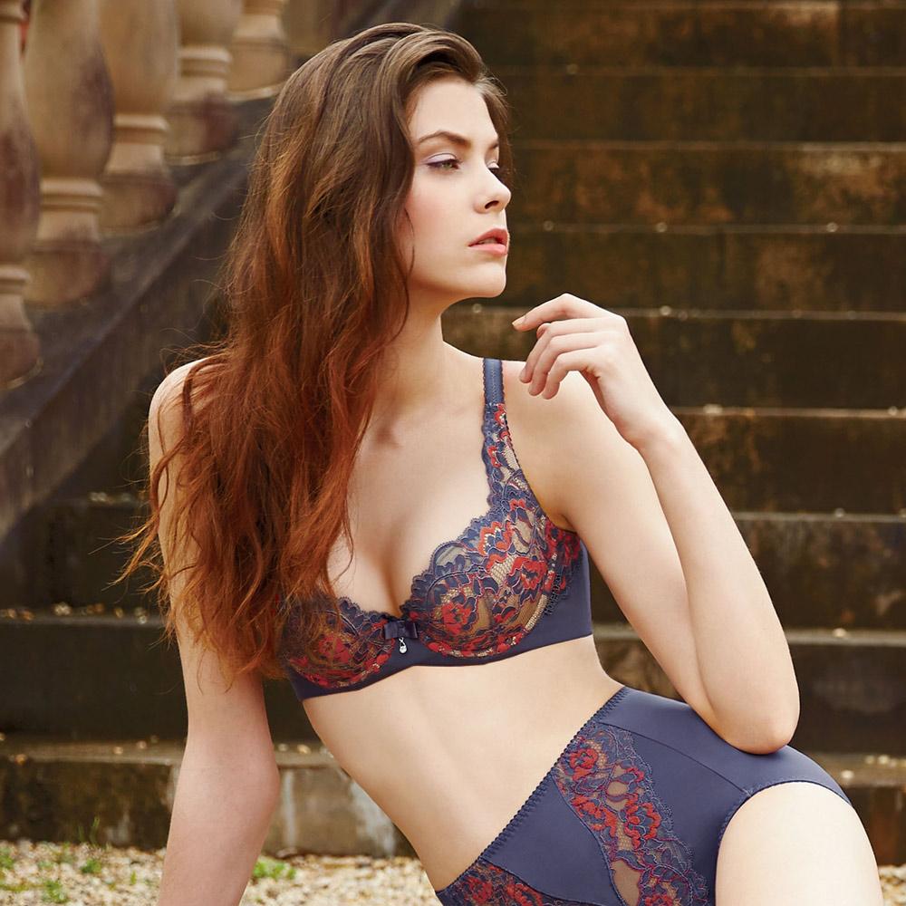 曼黛瑪璉 挺瘦雙弧  A-F罩杯內衣(經典紫)