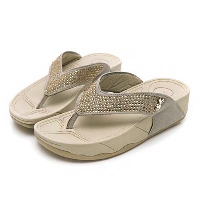PLAYBOY奢華氣質 水鑽舒適厚底夾腳拖鞋-金