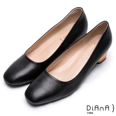 DIANA低調時尚 --方頭原色金屬跟真皮高跟鞋 –黑