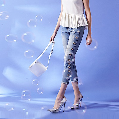 ICHE 衣哲 時尚翹臀釦環造型反摺牛仔單寧鉛筆七分長褲-藍