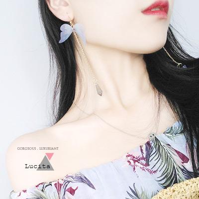 LuciTA  蝶舞垂墜式水晶耳線