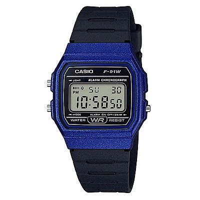 CASIO 全新配復古造型方型設計運動數位錶(F-91WM-2A)-黑x藍框-35mm