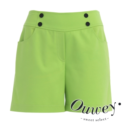 OUWEY歐薇-極簡設計扣子裝飾棉短褲-共2色