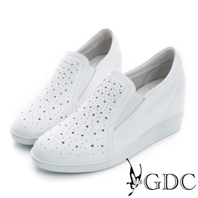 GDC-星星沖孔水鑽真皮內增高懶人休閒鞋-白色