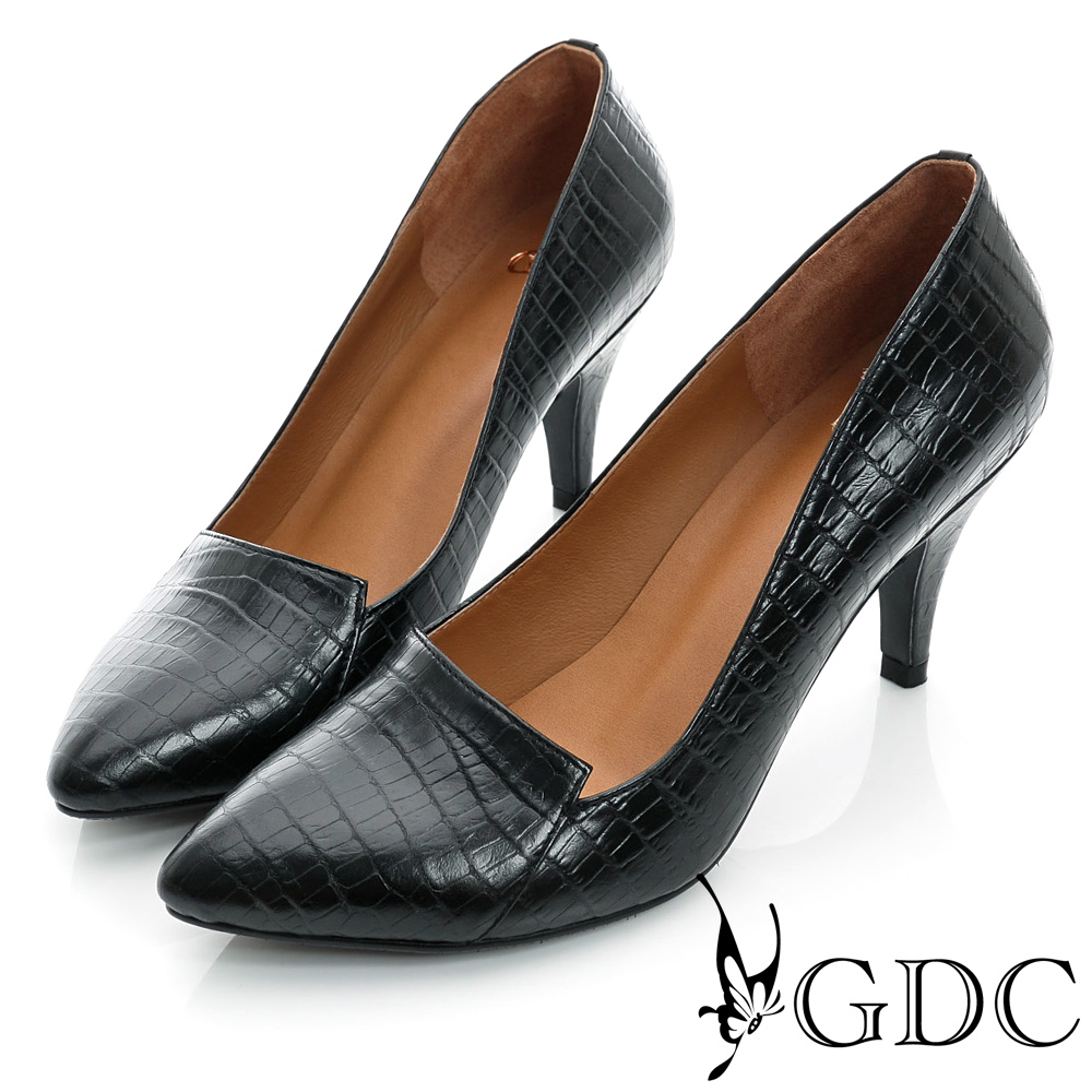 GDC都會-鱷魚紋拼接尖頭真皮中跟鞋-黑色