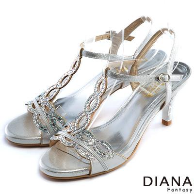 DIANA-異國情懷-巴洛克風情裸鑽涼跟鞋-銀