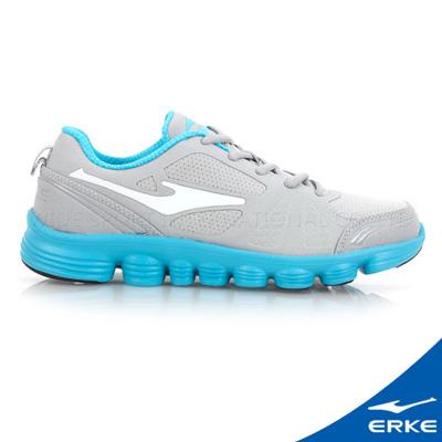 ERKE 鴻星爾克。女運動綜訓慢跑鞋-淺灰/河藍