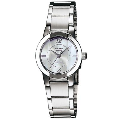 CASIO  經典切面個性時尚女腕錶(LTP-1230D-7C)-白/22mm