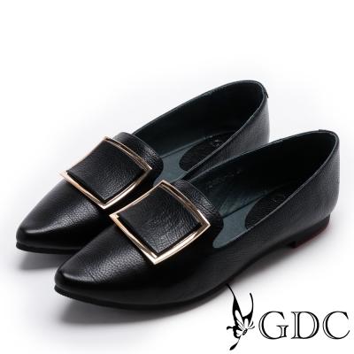 GDC-俐落特別大方釦尖頭平底鞋-黑色