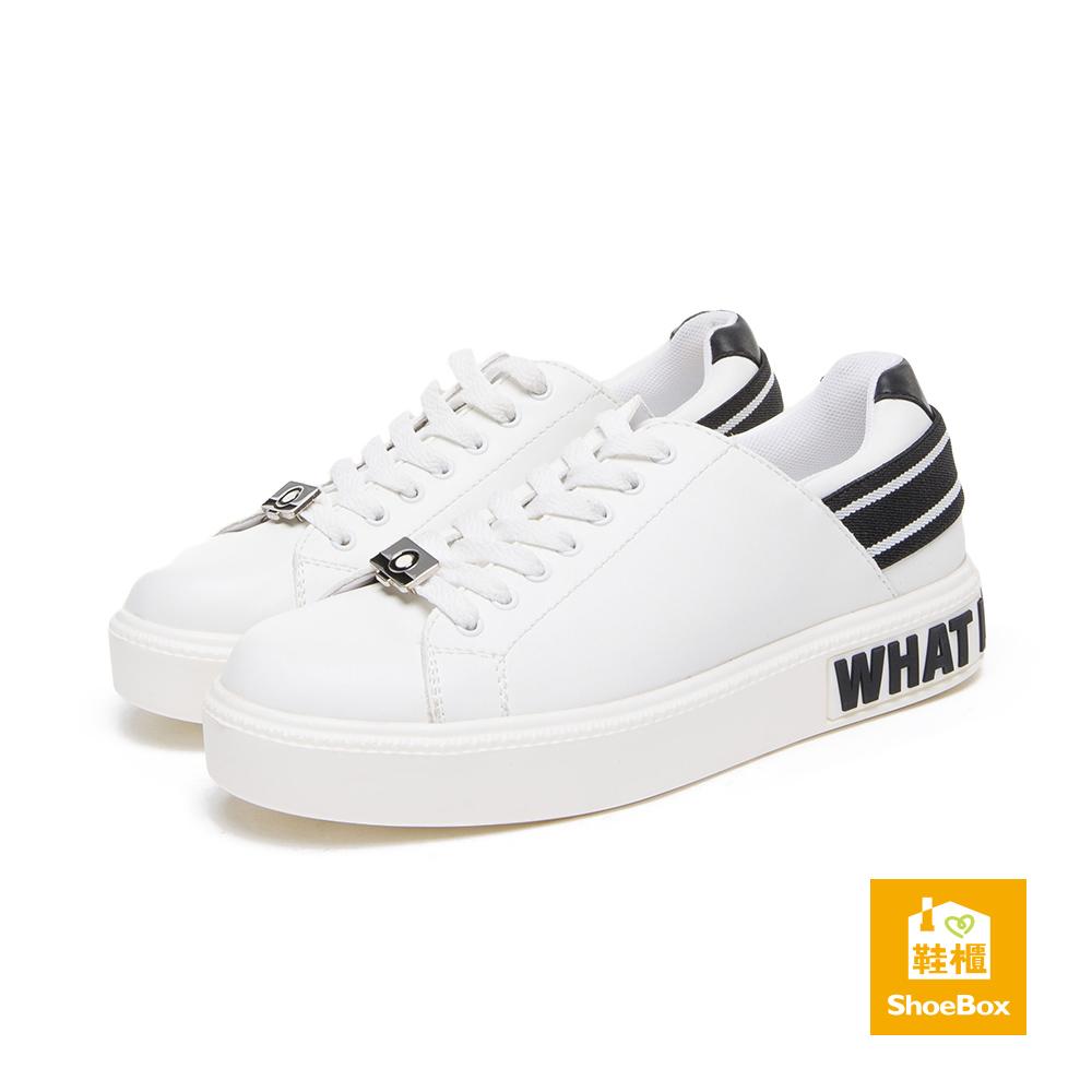 達芙妮DAPHNE ShoeBox系列 休閒鞋-金屬別飾綁帶字母休閒鞋-黑