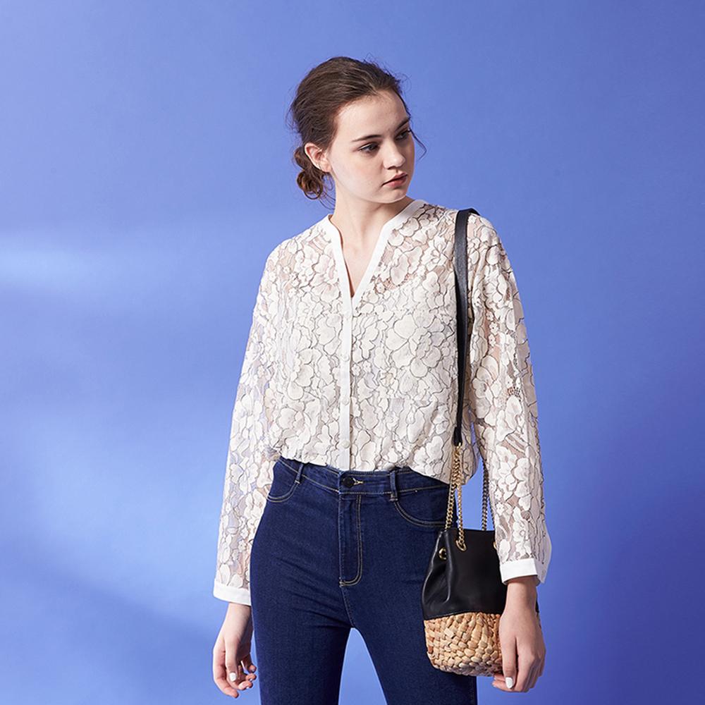 氣質滿版3D蕾絲雕花透膚長袖鈕扣造型襯衫上衣-白
