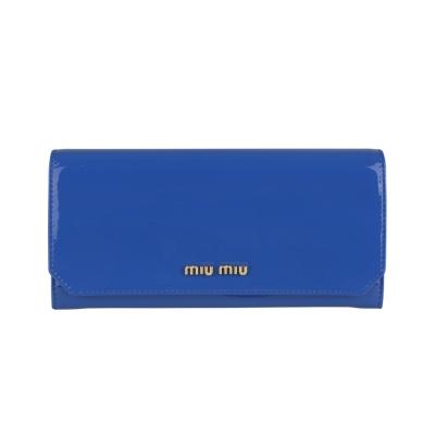 MIU MIU 經典金字LOGO漆皮釦式長夾(藍)