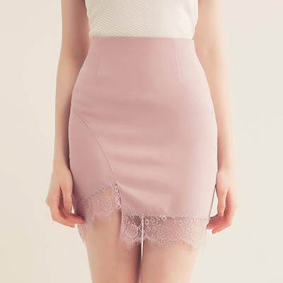 AIR SPACE 氣質蕾絲下擺包臀短裙(粉紅)