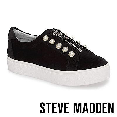 STEVE MADDEN-LYNN 珍珠鑲嵌拉鍊懶人鞋-黑色