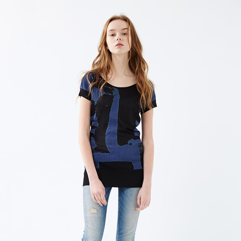 ICHE 衣哲 水波紋印花針織上衣 兩色 product image 1