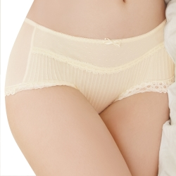 思薇爾 撩波系列M-XL蕾絲中低腰平口褲(淺黃色)