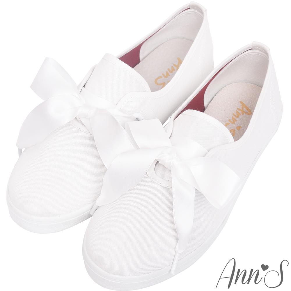 Ann S甜美GIRLS蝴蝶結緞帶休閒平底鞋-白