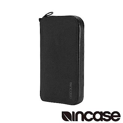 INCASE EO Passport Wallet 防盜科技旅行拉鍊護照夾 (黑)