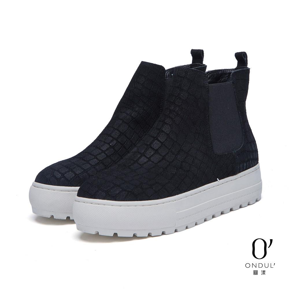 達芙妮x高圓圓圓漾系列休閒鞋-鱷魚壓紋麂皮厚底高筒休閒鞋-黑