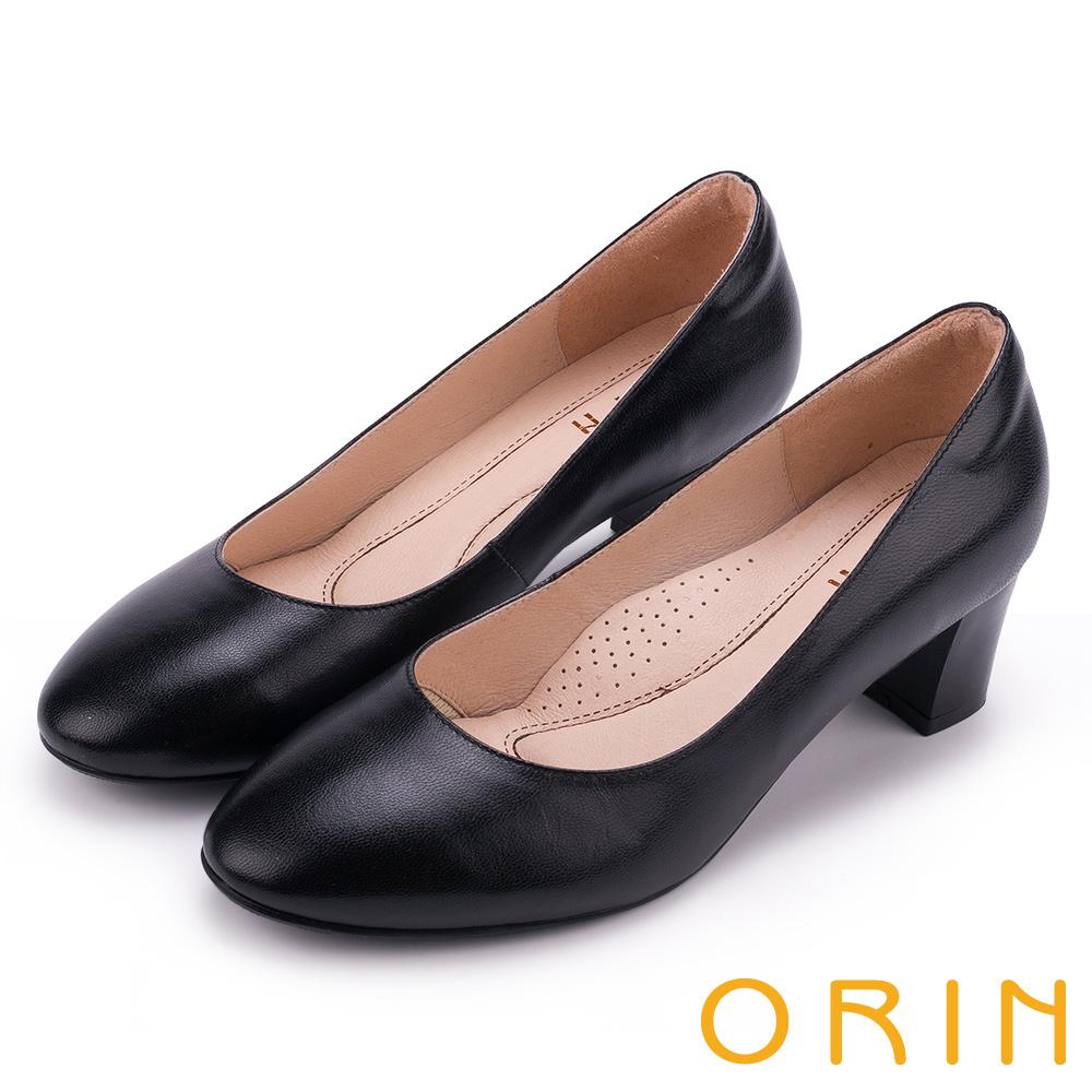 ORIN 簡約舒適柔軟 嚴選牛皮經典素面圓頭粗跟鞋-黑色
