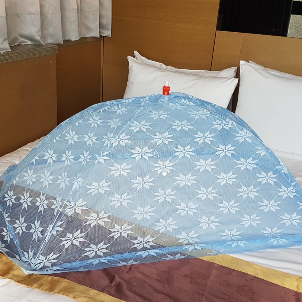 凱蕾絲帝-台灣製造-嬰兒專用針織特多龍花紗睡簾防蚊傘型帳(藍)