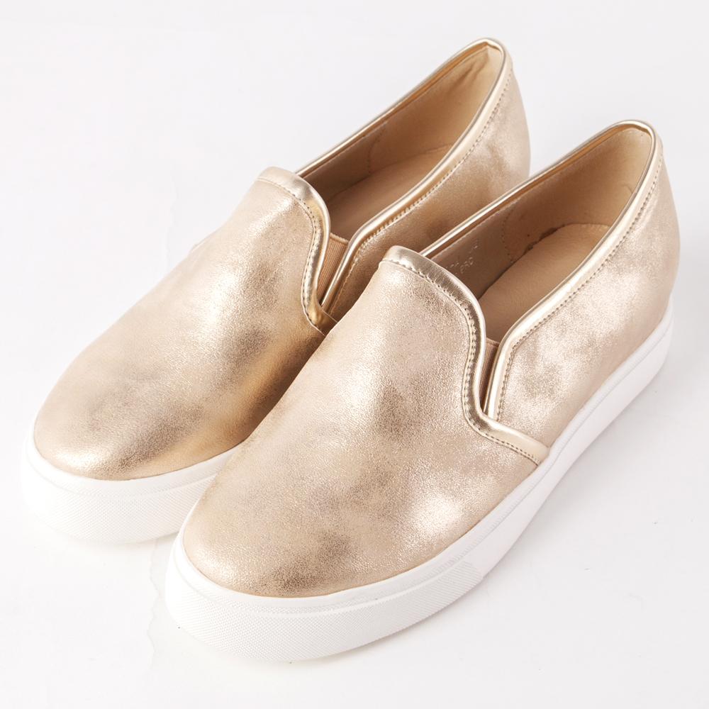 ALLEGREZZA‧舒適時尚‧時尚霧金內增高圓頭厚底樂福鞋 金色