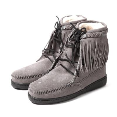 MINNETONKA-SHEEPSKIN防潑水綁帶流蘇羊毛雪靴-灰色