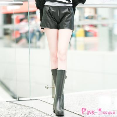 韓系-前拉鍊抓褶素面皮質短褲-共二色-Pink-Banana
