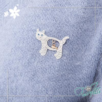 iSFairytale伊飾童話 叼魚貓咪 藍眼鏤空胸針 2色可選