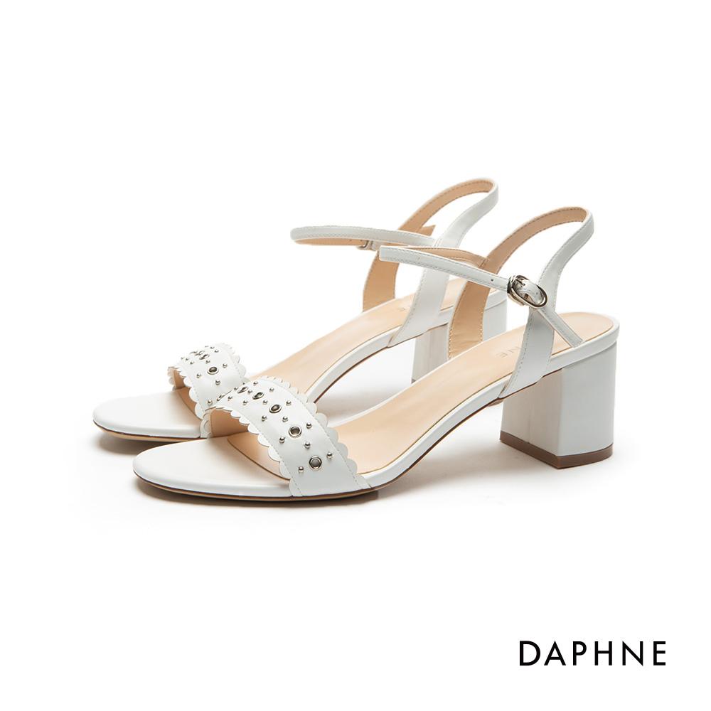 達芙妮DAPHNE 涼鞋-鉚釘花邊一字粗跟涼鞋-白