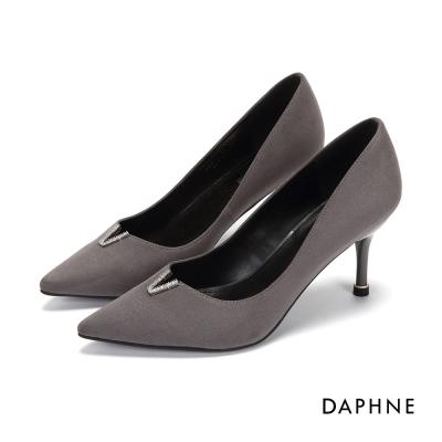 達芙妮DAPHNE 高跟鞋-V縷空水鑽絨面尖頭鞋-灰