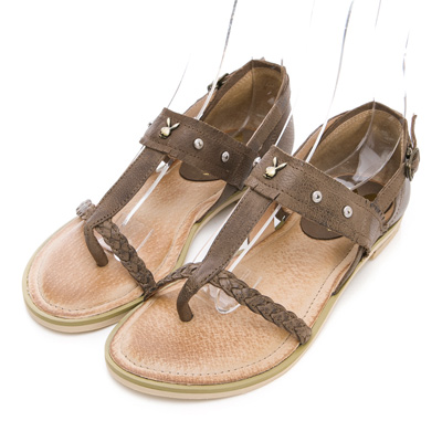 PLAYBOY異國戀曲 鉚釘裝飾T字夾腳涼鞋-咖
