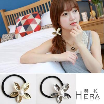 Hera  壓紋珍珠五葉花朵髮圈/髮束(兩色)
