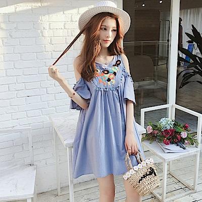 La Belleza露肩彩色刺繡花朵色立體球球棉麻洋裝