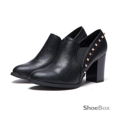 鞋櫃ShoeBox-短靴-尖頭鉚釘高跟踝靴1016